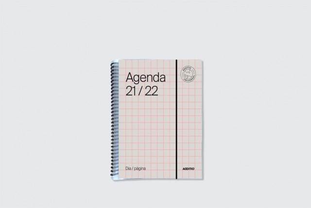 agenda universal dia pàgina additio per secundària. Portada beige