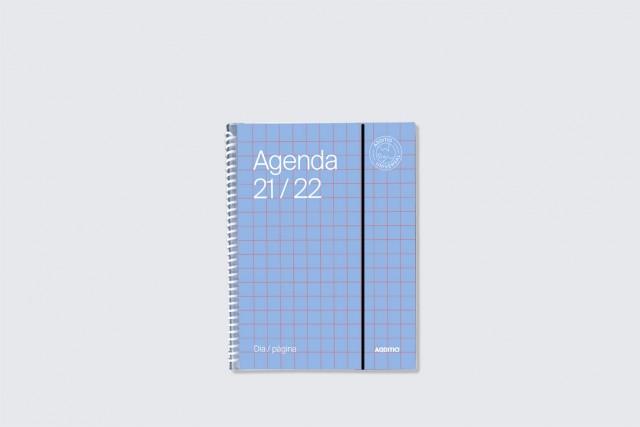 agenda universal dia pàgina additio per secundària. Portada blau cel