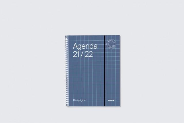 agenda universal dia pàgina additio per secundària. Portada blau fosc