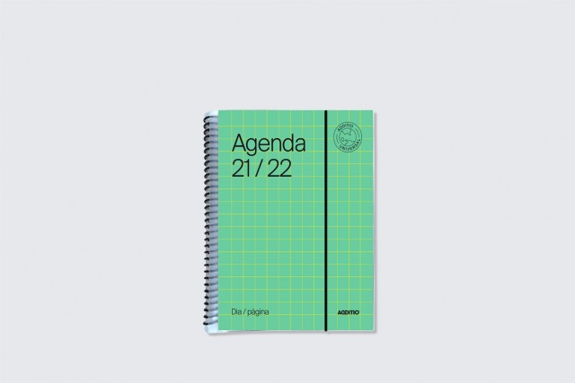 agenda universal dia pàgina additio per secundària. Portada verd
